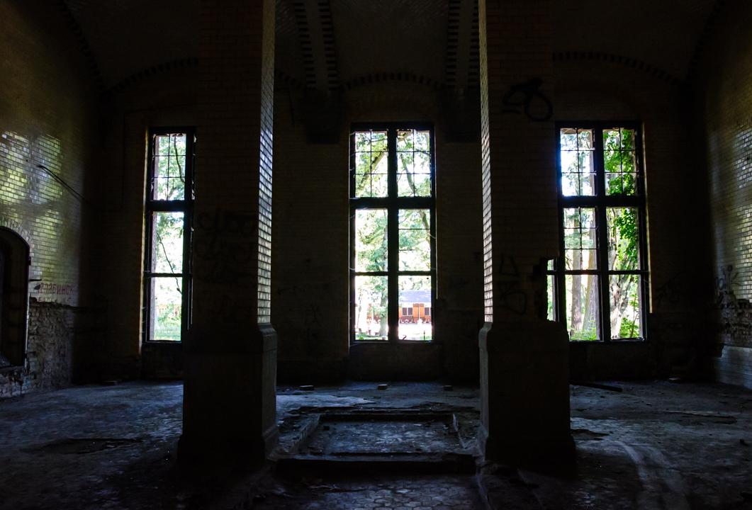 Opuszczony szpital dla chorych na gruźlicę w Beelitz (16)