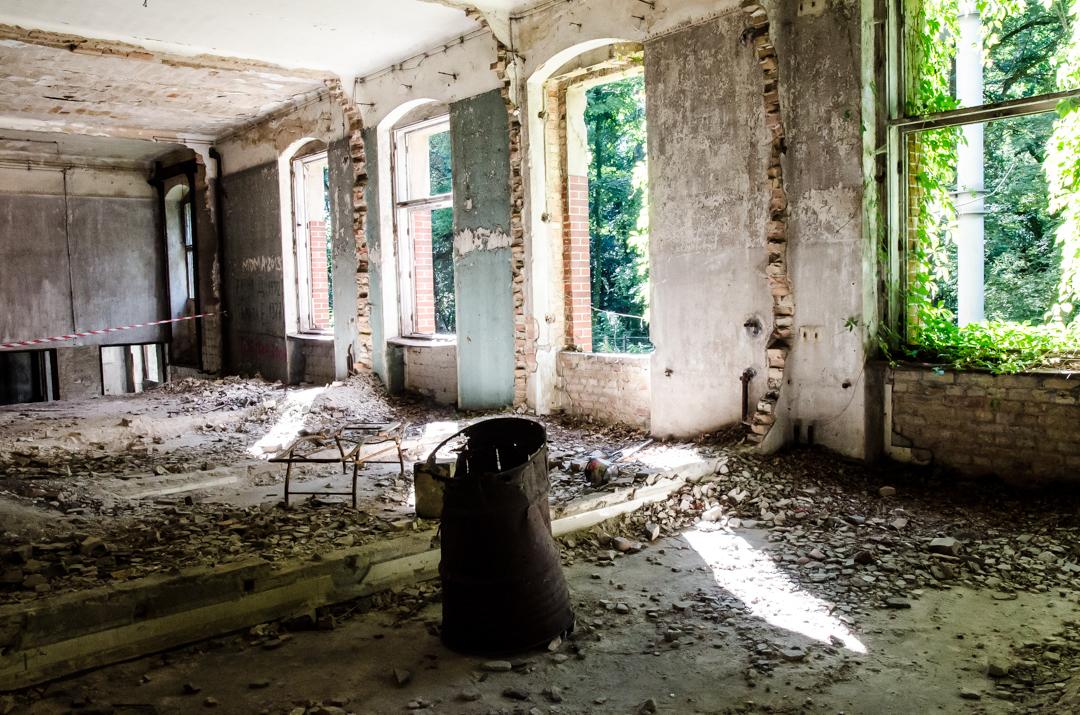 Opuszczony szpital dla chorych na gruźlicę w Beelitz (18)