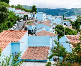 Júzcar - niebieska wioska w Hiszpanii