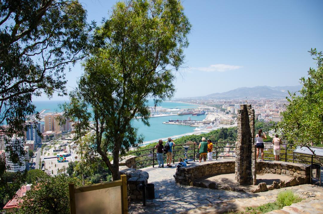 malaga Malaga - słoneczne miasto na wybrzeżu Costa de Sol