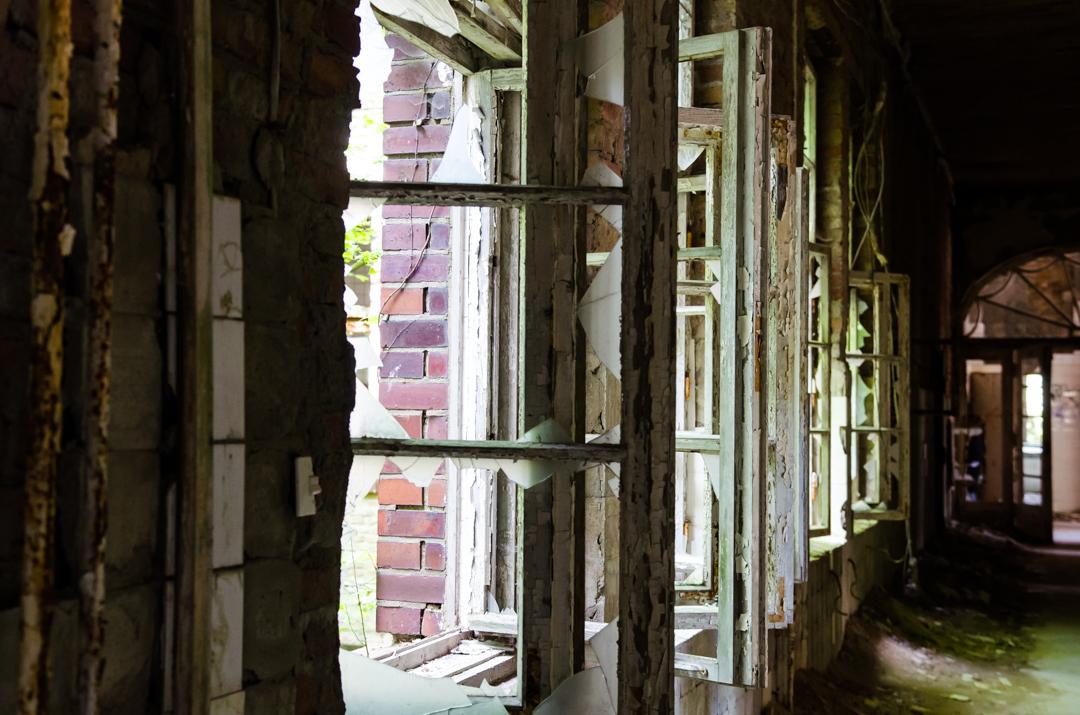 Opuszczony szpital dla chorych na gruźlicę w Beelitz (41)