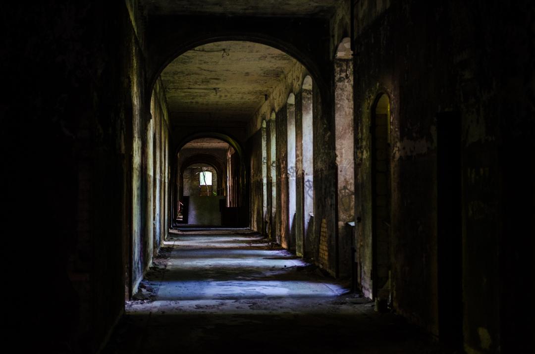 Opuszczony szpital dla chorych na gruźlicę w Beelitz (8)