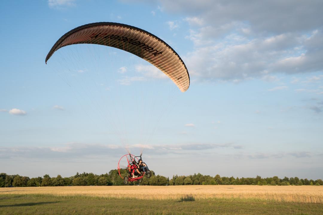 Lot widokowy motoparalotnią nad Warszawą
