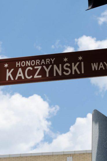 Czarne chmury nad polską dzielnicą w Chicago (Jackowo)
